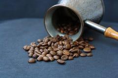 Τουρκικό δοχείο του καφέ Στοκ εικόνες με δικαίωμα ελεύθερης χρήσης