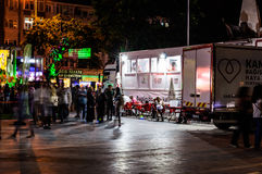 Τουρκικό πόλης κέντρο τη νύχτα Στοκ φωτογραφία με δικαίωμα ελεύθερης χρήσης