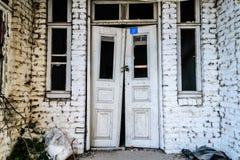 Τουρκικό σπίτι δύο ιστορίας Desolated παλαιό Στοκ Εικόνες
