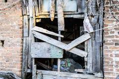 Τουρκικό σπίτι δύο ιστορίας Desolated παλαιό Στοκ φωτογραφίες με δικαίωμα ελεύθερης χρήσης