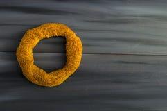 Τουρκικό bagel, bagel σουσαμιού, τριζάτο bagel, bagels της Τουρκίας, bagels στις διάφορες έννοιες, τσάι και pretzels εικόνες Στοκ Φωτογραφίες