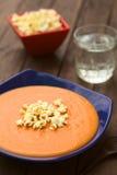 Του Εκουαδόρ σούπα ντοματών με Popcorn Στοκ Φωτογραφίες