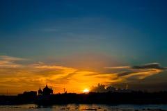 του 2012 καρτών νέο διανυσματικό έτος απεικόνισης δράκων χρυσό Στοκ φωτογραφία με δικαίωμα ελεύθερης χρήσης