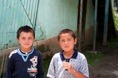 Του Ουζμπεκιστάν αγόρια σε Arslanbob, Κιργιστάν Στοκ φωτογραφία με δικαίωμα ελεύθερης χρήσης