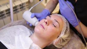 Του προσώπου θεραπεία φωτογραφιών διαδικασίες αντι-γήρανσης απόθεμα βίντεο