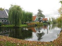 του χωριού ανεμόμυλος Στοκ εικόνες με δικαίωμα ελεύθερης χρήσης