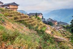 Του χωριού ξύλινα σπίτια παραδοσιακού κινέζικου Στοκ φωτογραφία με δικαίωμα ελεύθερης χρήσης