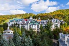 Του χωριού mont-Tremblant γενική άποψη το φθινόπωρο στοκ φωτογραφίες με δικαίωμα ελεύθερης χρήσης