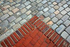 Τούβλα και cobble πέτρες Στοκ φωτογραφίες με δικαίωμα ελεύθερης χρήσης