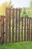 Τούβλο και mettal φράκτης Στοκ φωτογραφία με δικαίωμα ελεύθερης χρήσης