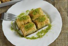 Τούρκος επιδορπίων baklawa baklava στοκ εικόνα με δικαίωμα ελεύθερης χρήσης