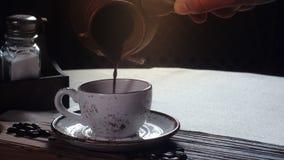 Τούρκος φλυτζανιών καφέ παραδοσιακός Τούρκος κ&a απόθεμα βίντεο