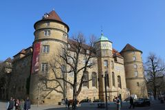 Το Оld παλάτι, σήμερα το μουσείο του Baden Wuerttemberg, μια άποψη από την πλατεία Schiller Στοκ εικόνες με δικαίωμα ελεύθερης χρήσης
