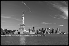 Το άγαλμα της ελευθερίας, ορόσημα της πόλης της Νέας Υόρκης στοκ εικόνα