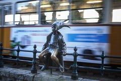 Το άγαλμα λίγης πριγκήπισσας στη Βουδαπέστη στοκ φωτογραφία με δικαίωμα ελεύθερης χρήσης