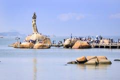 Το άγαλμα κοριτσιών Zhuhai Φίσερ είναι το ορόσημο της πόλης Zhuhai, Κίνα στοκ φωτογραφίες με δικαίωμα ελεύθερης χρήσης