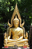 Το άγαλμα του Βούδα στο ναό Στοκ φωτογραφία με δικαίωμα ελεύθερης χρήσης
