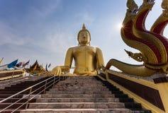 Το άγαλμα του Βούδα, Ταϊλάνδη Στοκ Εικόνα