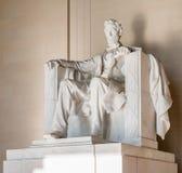 Το άγαλμα του Abraham Lincoln στο μνημείο του Λίνκολν στην Ουάσιγκτον Στοκ Εικόνες