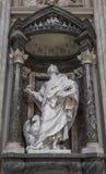 Το άγαλμα του ST John από Rusconi στο Λα Archbasilica StJohn Στοκ εικόνα με δικαίωμα ελεύθερης χρήσης
