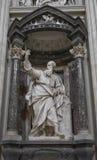 Το άγαλμα του ST Thomas από LE Gros στο Archbasilica StJohn στοκ φωτογραφία με δικαίωμα ελεύθερης χρήσης