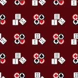 Το άνευ ραφής σχέδιο με τα τσιπ παιχνιδιού και χωρίζει σε τετράγωνα Τυπωμένη ύλη χαρτοπαικτικών λεσχών r απεικόνιση αποθεμάτων