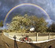 Το άνθος της Apple καλύπτει τη θύελλα Στοκ φωτογραφία με δικαίωμα ελεύθερης χρήσης