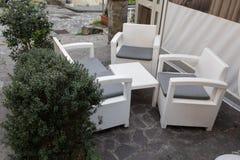 Το άσπρο καθιστικό Στοκ φωτογραφία με δικαίωμα ελεύθερης χρήσης