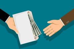 Το άτομο δίνει έναν φάκελο με τα χρήματα Στοκ Εικόνες