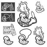 Το άτομο με ένα ηλεκτρονικό τσιγάρο στα χέρια Στοκ εικόνα με δικαίωμα ελεύθερης χρήσης