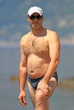 Το άτομο σε μια παραλία Στοκ φωτογραφία με δικαίωμα ελεύθερης χρήσης