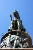 Το έθνος υπερασπίζει το βασιλιά στοκ εικόνα