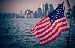 Το έμβλημα, αμερικανική σημαία Στοκ εικόνες με δικαίωμα ελεύθερης χρήσης