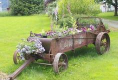 το αγρόκτημα εφαρμόζει τον παλαιό καλλιεργητή Στοκ Εικόνες