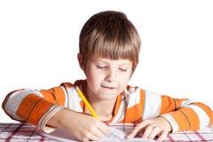 Το αγόρι χρωματίζει Στοκ φωτογραφία με δικαίωμα ελεύθερης χρήσης