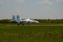 Το αεριωθούμενο αεροπλάνο είναι στο διάδρομο του αερολιμένα Kubinka, περιοχή της Μόσχας, της Ρωσίας, μπορεί 12, το 2018 Στοκ Εικόνες