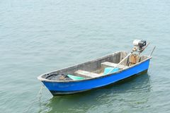 Το αλιευτικό σκάφος αλιεύει έξω Στοκ εικόνες με δικαίωμα ελεύθερης χρήσης
