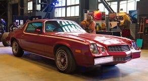 Το αμερικανικό αυτοκίνητο μυών στη συνήθεια & ο συντονισμός παρουσιάζουν στοκ φωτογραφίες με δικαίωμα ελεύθερης χρήσης