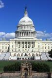 Το αμερικανικό Capitol κτήριο στην Ουάσιγκτον, συνεχές ρεύμα Στοκ Εικόνες