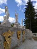 Το ανώτερο επίπεδο του χρυσού βουνού ` Peterhof πηγών ` Στοκ Εικόνες