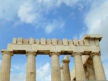 Το ανώτερο μέρος και οι στήλες του Parthenon, ακρόπολη της Αθήνας Στοκ εικόνες με δικαίωμα ελεύθερης χρήσης