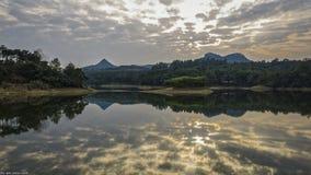 Το απόμακρο βουνό Στοκ Φωτογραφίες
