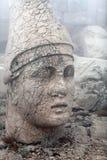 Το αρχαίο άγαλμα στην κορυφή Nemrut τοποθετεί, Τουρκία Στοκ εικόνα με δικαίωμα ελεύθερης χρήσης