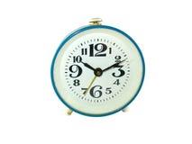 το αρχαίο ρολόι συναγερμών απομόνωσε το λευκό στοκ εικόνες με δικαίωμα ελεύθερης χρήσης