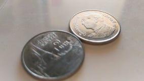Το ασήμι σπειρών metriral της Ταϊλάνδης στο πλαστικό λευκό στοκ εικόνες με δικαίωμα ελεύθερης χρήσης