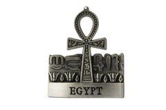 Το ασήμι χρωμάτισε το αιγυπτιακό σύμβολο της ζωής Ankh με την ετικέτα ISO της Αιγύπτου Στοκ Φωτογραφίες