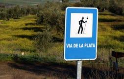 Το ασημένια μπλε και το λευκό διαδρομών στοκ φωτογραφίες με δικαίωμα ελεύθερης χρήσης
