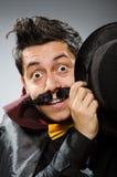 Το αστείο άτομο μάγων που φορά tophat Στοκ Φωτογραφία