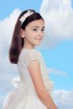 Το λατρευτό μικρό κορίτσι έντυσε στην κοινωνία Στοκ Φωτογραφία