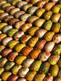 το αυγό χρωμάτισε ξύλινο Στοκ εικόνα με δικαίωμα ελεύθερης χρήσης